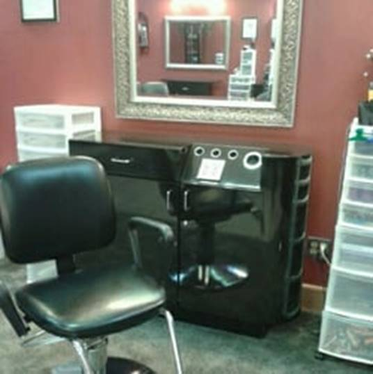 stylist-booth